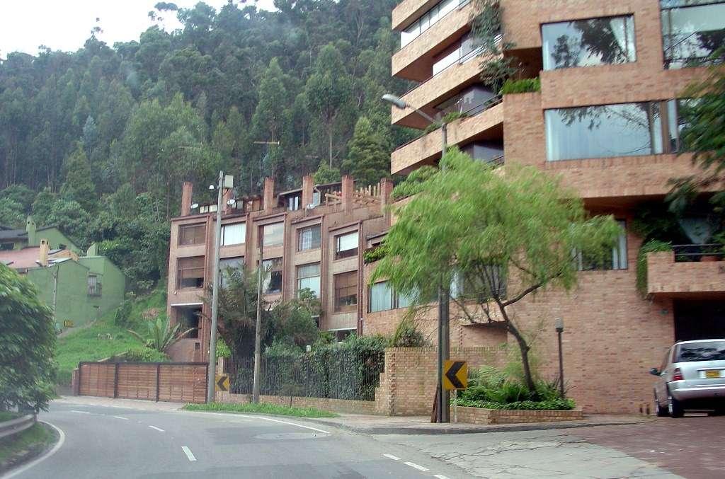 Barrio la cabrera en bogot skyscrapercity for Barrio ciudad jardin norte bogota
